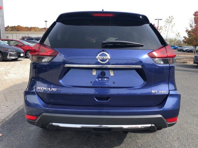 Pre-Owned 2018 Nissan Rogue SL AWD